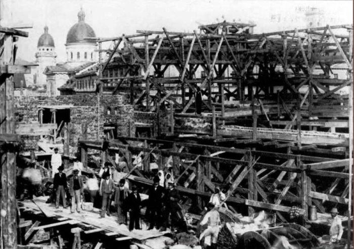 будівництво опери